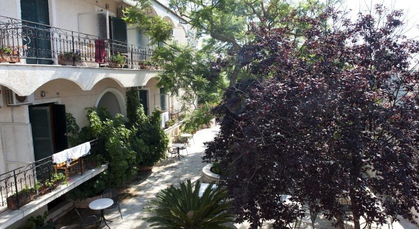 Marie Hotel Acharavi - dream vacation