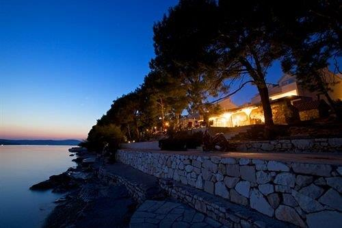Illyrian Resort - dream vacation