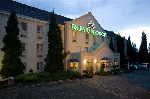 Road Lodge Johannesburg Airport - dream vacation