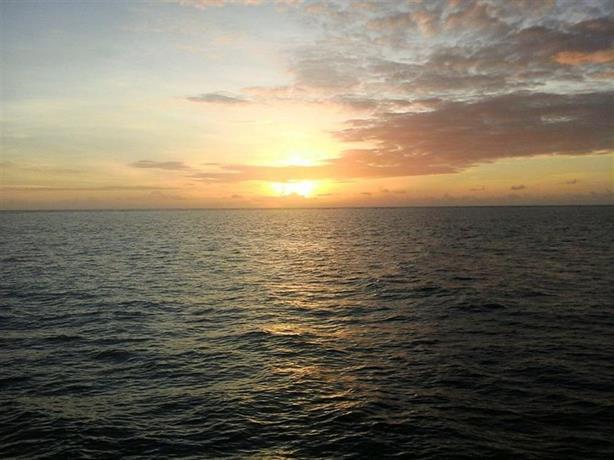 Reef Encounter - dream vacation