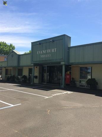 Photo: Evancourt Motel