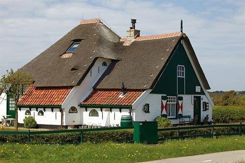 De Pelikaan Hotel Texel - dream vacation