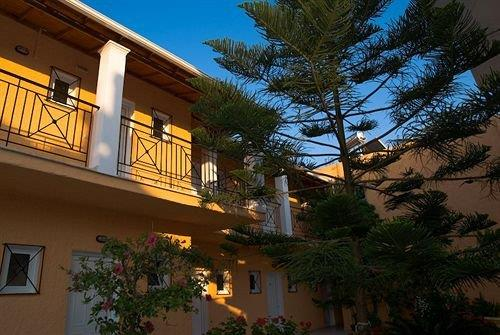 Metaxa Apartments - dream vacation
