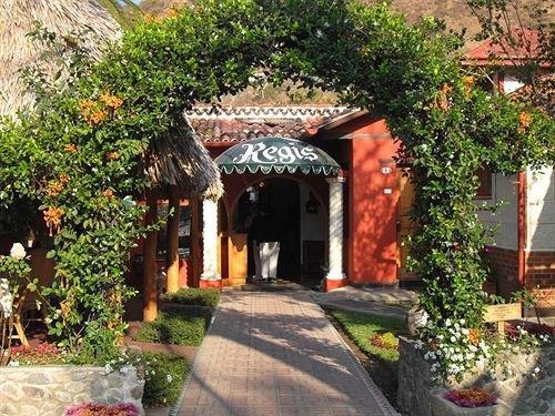 Hotel Regis Panajachel - dream vacation