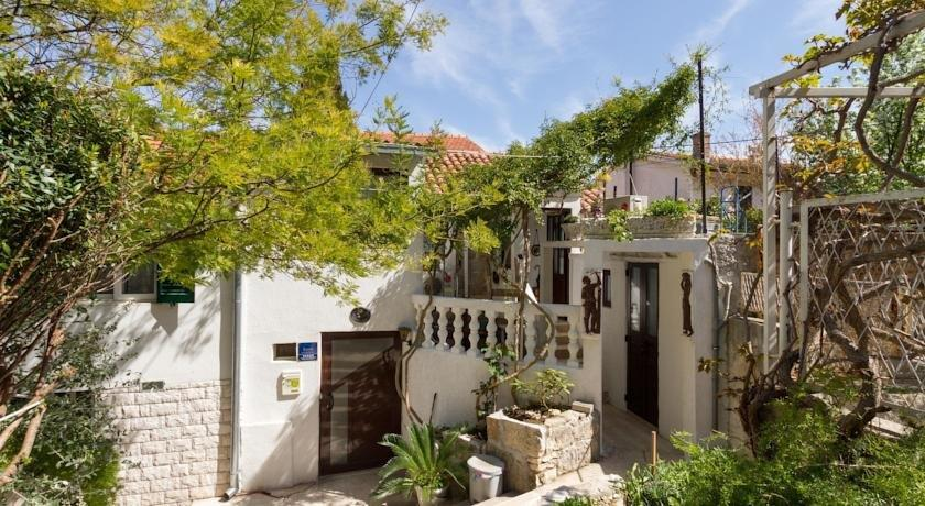 Apartments Varos - dream vacation