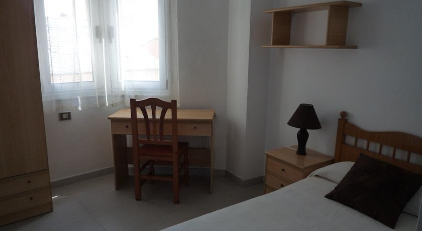 Hostal Residencia Ponte Vella - dream vacation
