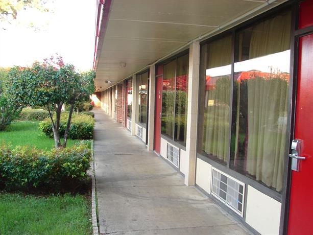 Columbus Inn & Suites Mississippi - dream vacation