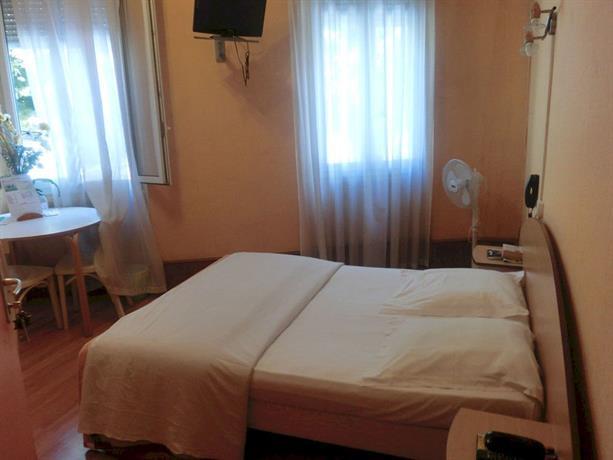 Hotel Le Terminus d\'Albi - dream vacation