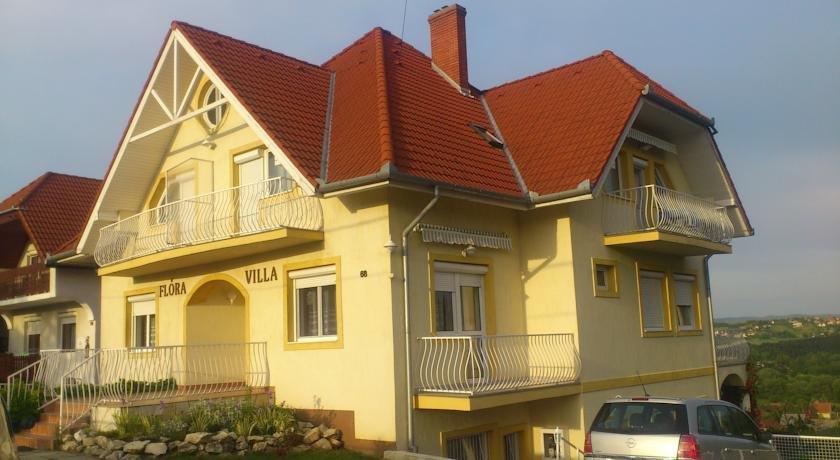 Flora Villa Heviz - dream vacation