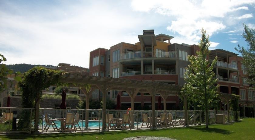 Okanagan Valley Rentals at Strand Lakeside Resort Images