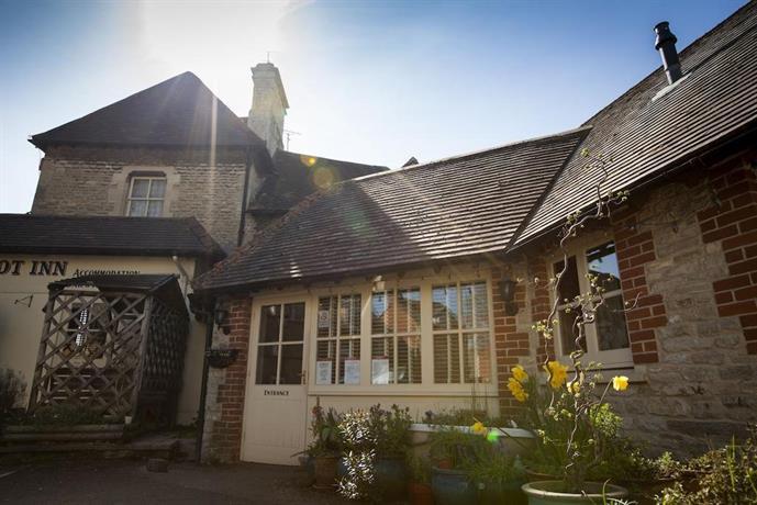 The Talbot Inn Cirencester - dream vacation