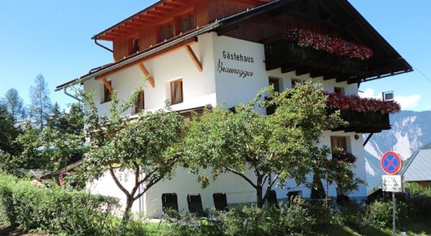 Bauernhof Gastehaus Braunegger - dream vacation