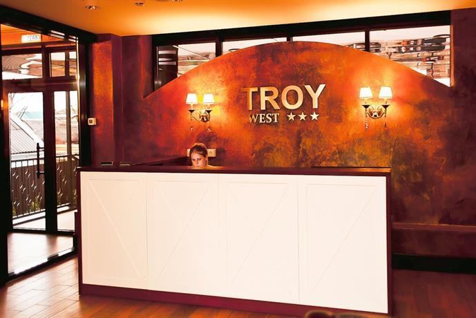 Отель Троя Вест