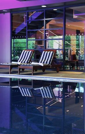 Village Hotel Leeds South - dream vacation