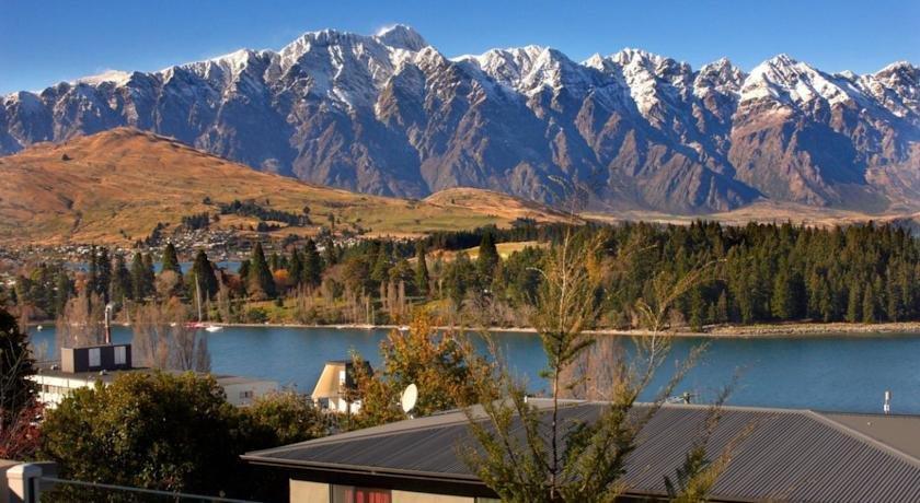 LakeRidge Condos - dream vacation