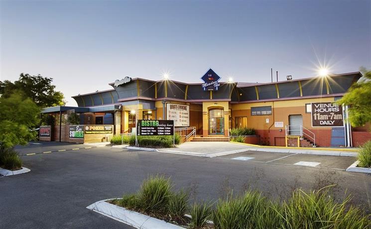 Photo: Meadow Inn Hotel-Motel