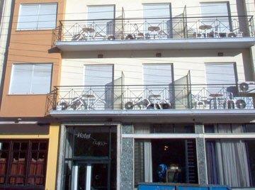 GR Louis Larissa Hotel - dream vacation