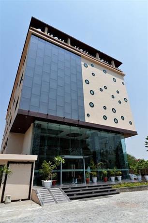 Q Hotel Udaipur - dream vacation