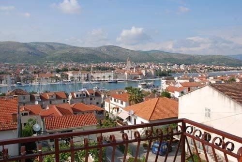 House Bakica Apartments Trogir - dream vacation