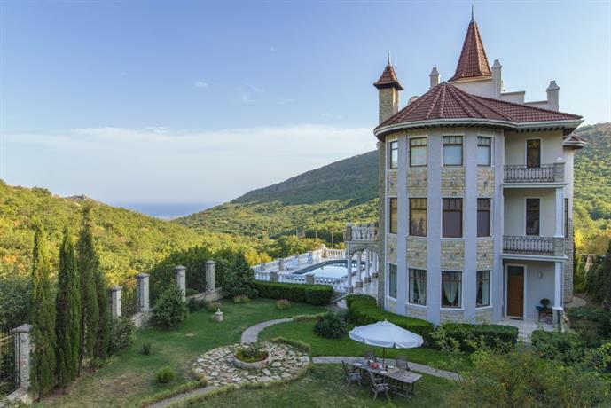 Beliy Zamok Villa - dream vacation