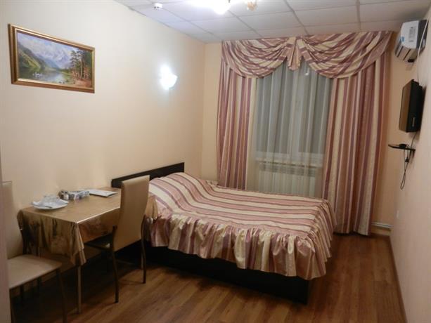 Отель Артик
