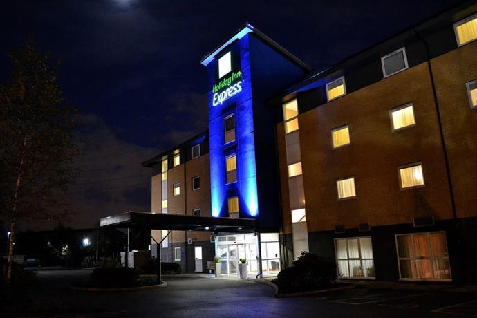 Holiday Inn Express Birmingham Star City - dream vacation