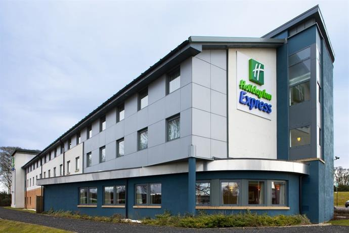 Holiday Inn Express Dunfermline - dream vacation