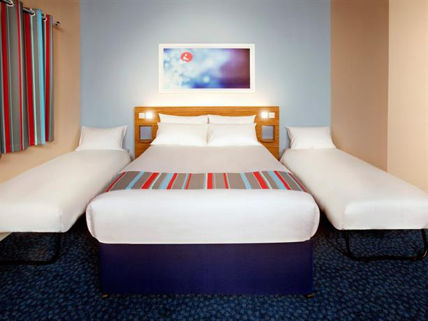 Travelodge Swindon Central Hotel - dream vacation