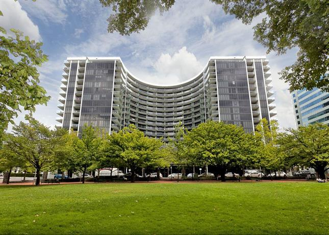 Photo: Astra Apartments Canberra - Manhattan