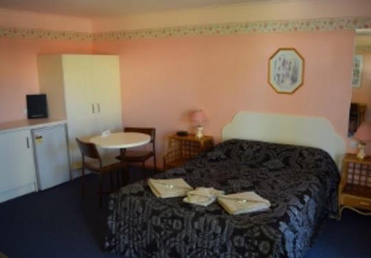 Photo: Roundhouse Motel