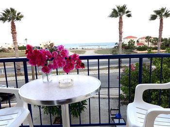 Themis Apartments - dream vacation