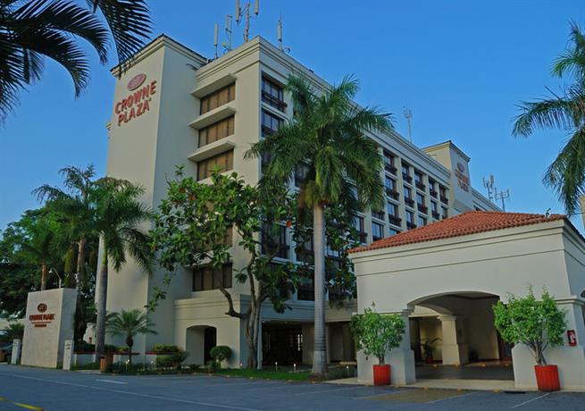 Crowne Plaza Hotel San Salvador - dream vacation