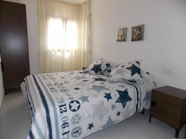 Apartaments Pau Casals - dream vacation