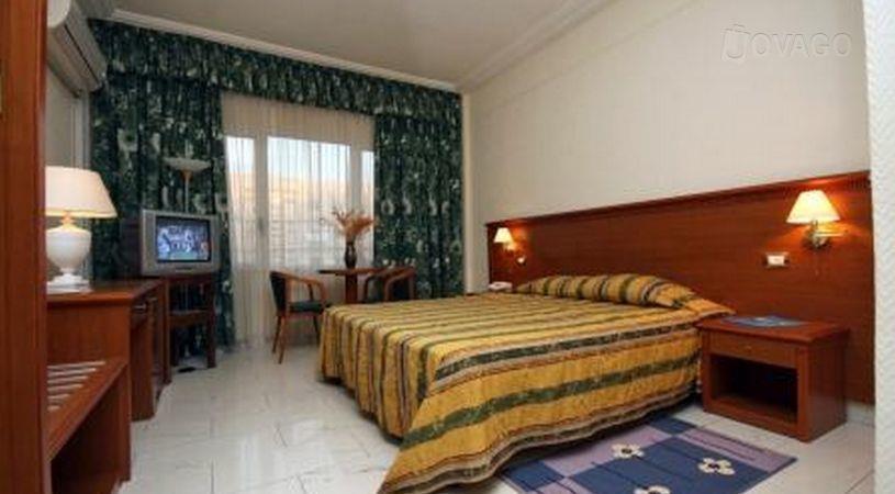 Splendid Hotel Ouagadougou - dream vacation
