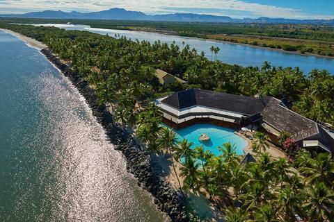 DoubleTree Resort by Hilton Hotel Fiji - Sonaisali Island - dream vacation