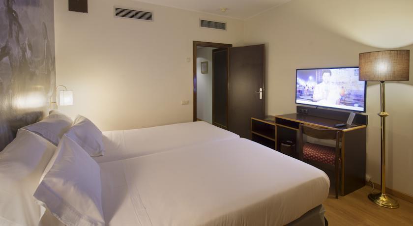 Goya Hotel Zaragoza - dream vacation