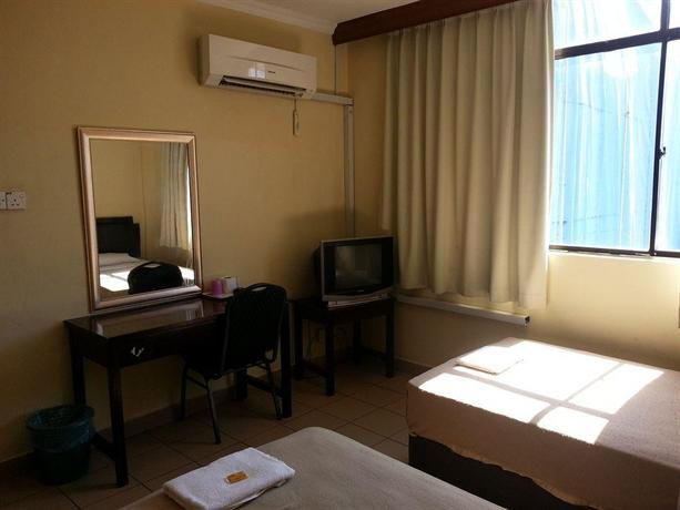 Sri Iskandar Hotel