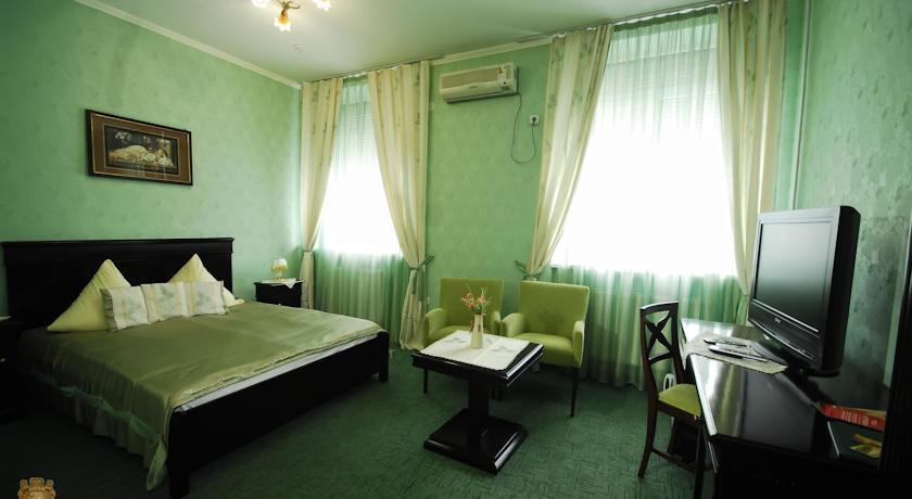 JJ Hotel Vynohradiv