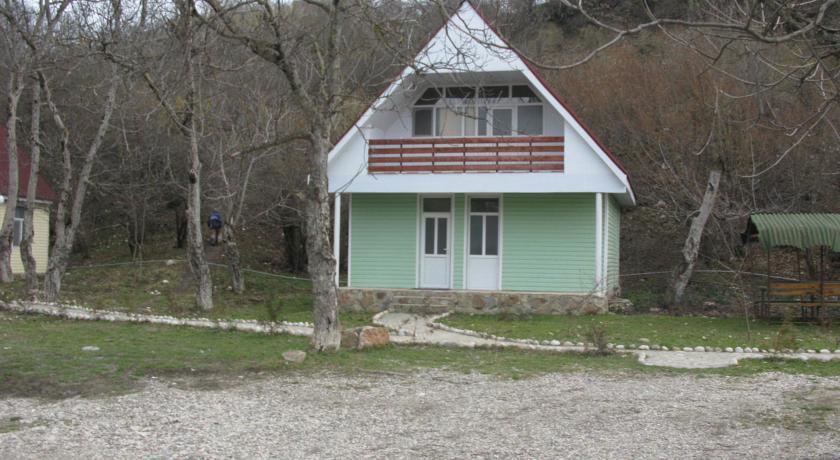 Qayi Bulax Inn