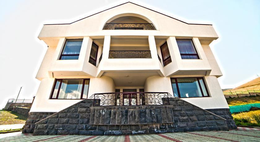 Cross Sevan Apartment - dream vacation