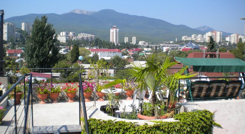 Panorama Guest House Alushta - dream vacation