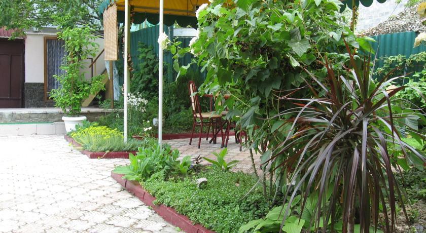 Guest House Elena Feodosiya - dream vacation