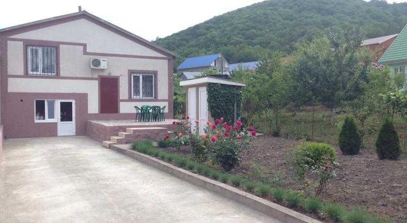 Гостевой дом На Виноградной 9