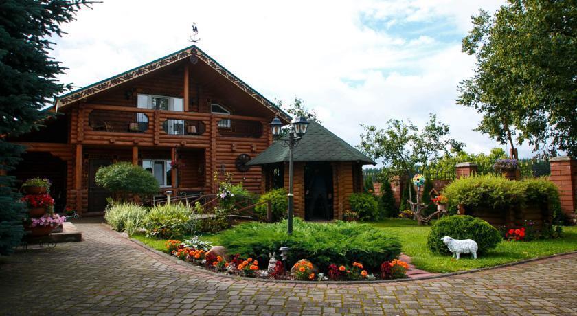 Uyut House - dream vacation