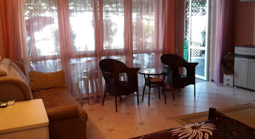 Apartment na Mozhzhevelovom - dream vacation
