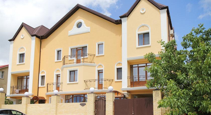 Laskovyy Bereg Guest House
