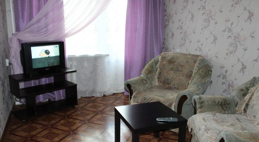Apartment Lunacharskogo 30