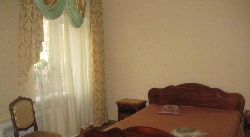 Отель Сергeевский
