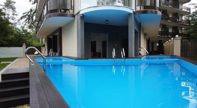 лащаревское отели с бассейном с ценами 2017 хорошо