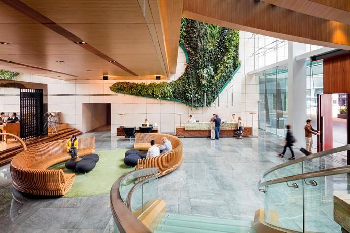 Recreational_facility